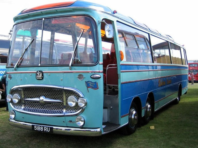 Three-axle classic Bedford bus