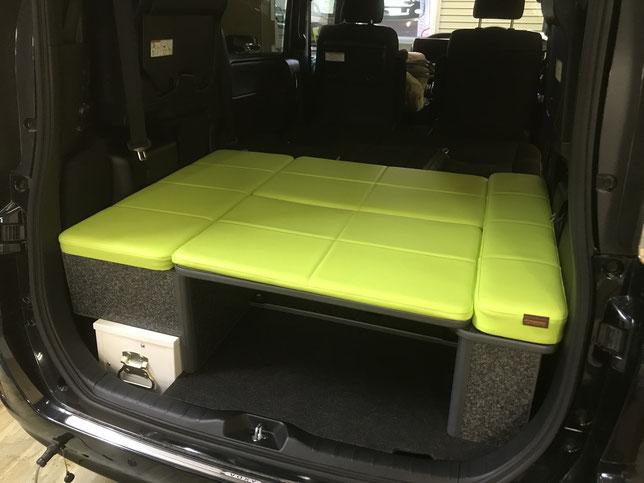 VOXYなどのミニバンで車中泊、ベッドキット付けるならOSPのライトキャンパーですね!
