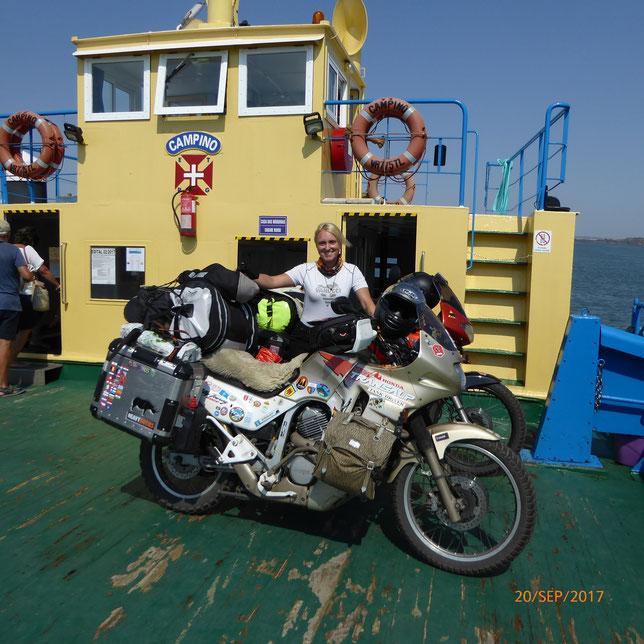 Betty auf hoher See, von Portugal nach Spanien....