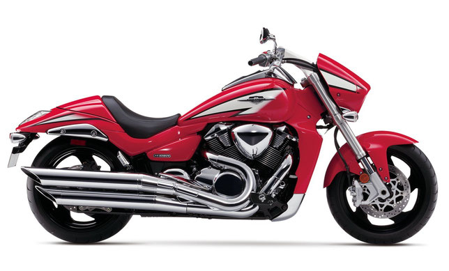 2013 Suzuki Boulevard M109R Limited Edition Red Profile
