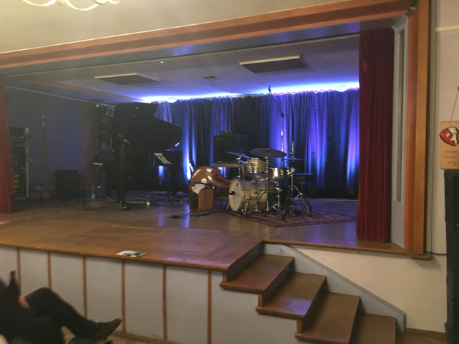 Schönes Konzert in Bayreuth am 22.09.18 at Bechersaal mit Jermaine Landsberger Trio feat.Sandro Roy