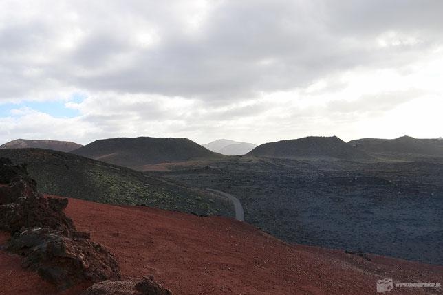 Faszinierend: Die von der erkalteten  Lava bedeckte Landschaft im Nationalpark