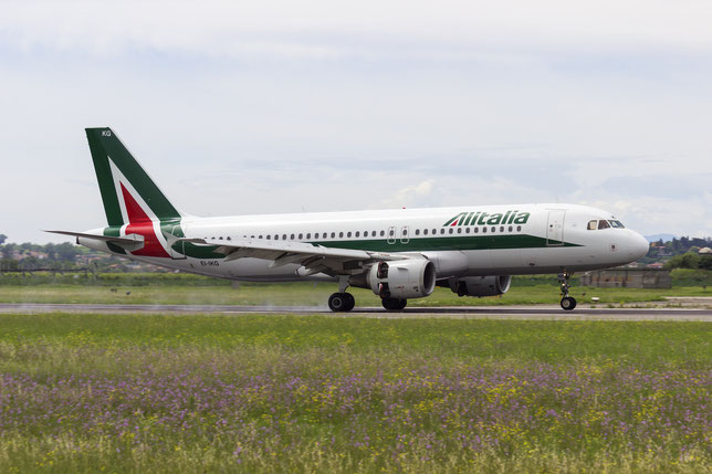 EI-IKG A320-214 1480 Alitalia @ Aeroporto di Verona - 12/06/2016 © Piti Spotter Club Verona