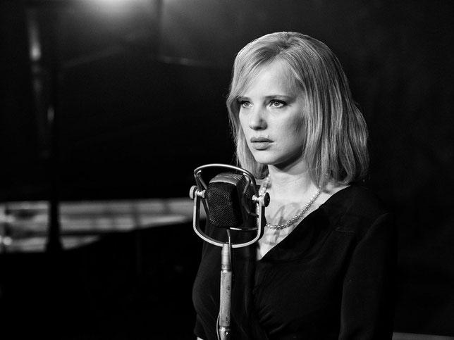 Joanna Kulik est Zula, la chanteuse polonaise qui ne veut pas passer à l'Ouest (©Diaphana Distribution).
