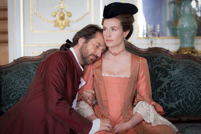 Edouard Baer séduit Cécile de France puis la délaisse. Alors elle va se venger... (©Pyramide Films).