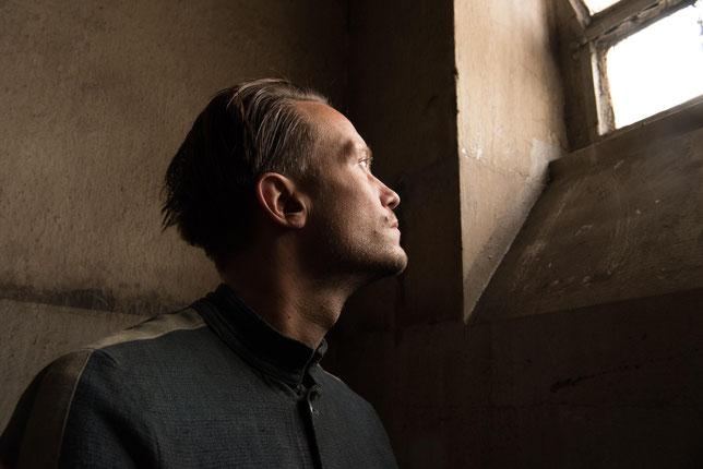 Franz Jägerstätter (August Diehl) est un personnage qui a réellement existé: un paysan autrichien objecteur de conscience (©UGC Distribution).