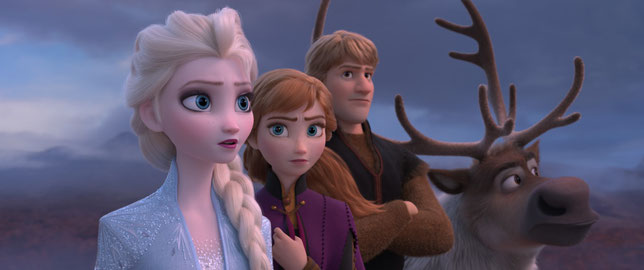Elsa, Anna, Kristoff et Sven son renne des neiges: en route vers de nouvelles aventures (©The Walt Disney Company).