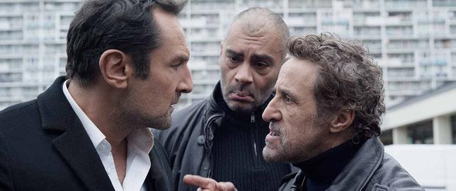 """En s'installant à La Courneuve, Gilles Lellouche est confronté aux """"parrains"""" de la cité, trafiquants de drogue (©Quad Films/Mars Films)."""