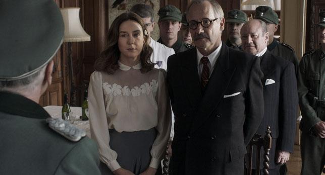 Jeanne Reichenbach (Elsa Zylberstein) fut le dernier amour de Léon Blum (Hippolyte Girardot) et l'accompagna dans les moments difficiles de la guerre (©Rezo Films).