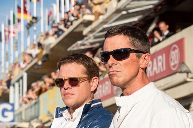 Matt Damon (à gauche) et Christian Bale se partagent la vedette dans ce film sur la rivalité Ford-Ferrari aux 24 Heures du Mans (©20th Century Fox).