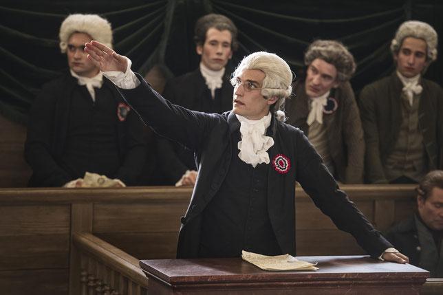 Louis Garrel joue Robespierre, que l'on voit peu dans le film (©Jérôme Prébois/StudioCanal).
