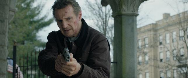 Liam Neeson est pourchassé par des flics ripoux et par le FBI (©Metropolitan Films).
