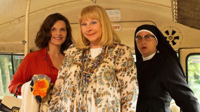 Juliette Binoche, Yolande Moreau et Noémie Lvovsky (de gauche à droite), le trio féminin du film (©Memento Films).