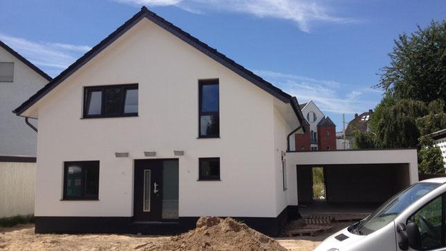 KfW 55 Einfamilienhaus - Massivbau in Herford - Eingangsseite - Raumaufteilung Grundriss nach Wunsch