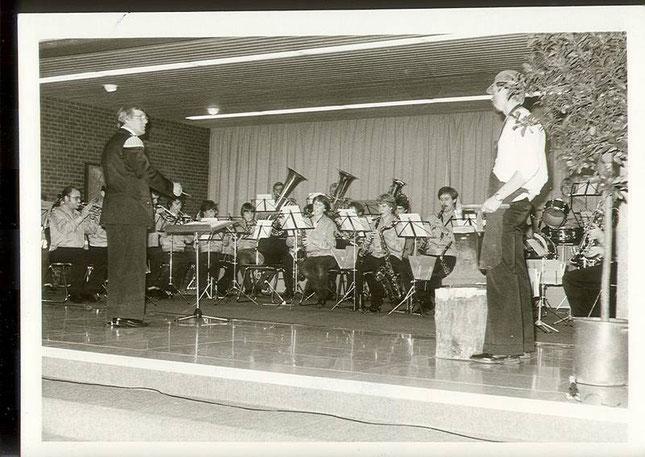 """1979: Heinrich Buerschaper als """"Smett von Hassen"""" bei der Ambosspolka"""