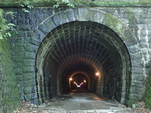 旧天城トンネルから旅が始まります