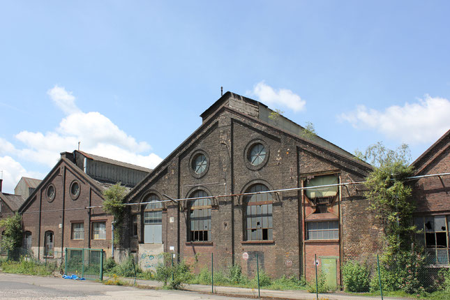 Fabrikationshallen von van der Zypen und Charlier auf dem sogenannten Euroforum Nord. Foto: Eva Rusch