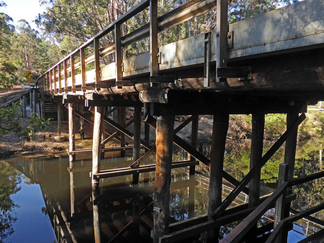The timber bridge over the Donnelly River