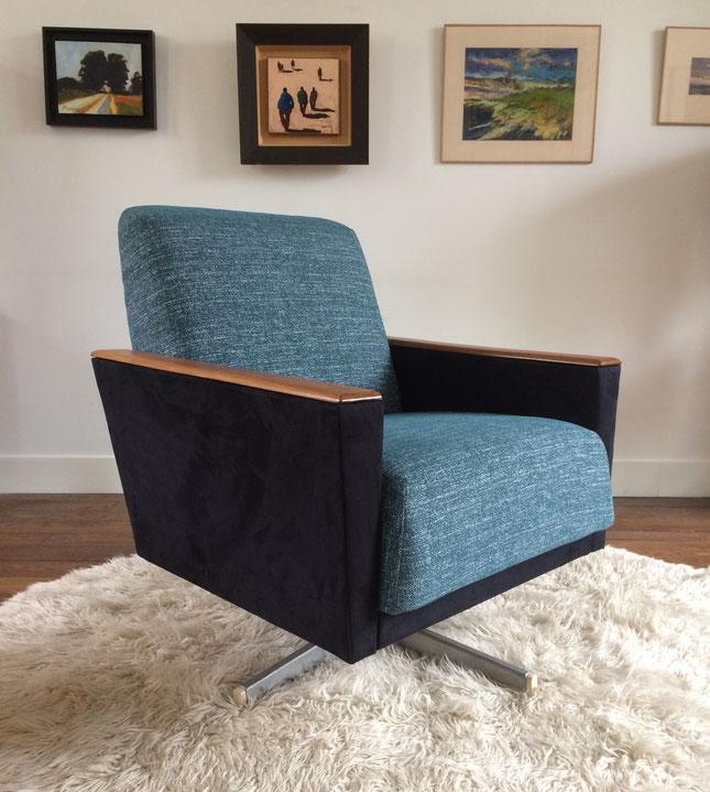 fauteuil cube, fauteuil vintage, fauteuil pivotant, pied étoile, années 60, fauteuil bleu