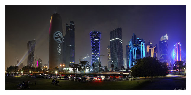 doha skyline, afc illumination, doha.QA // photo and copyright by manfred h. vogel / mhvogel.de