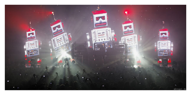 the chemical brothers live, paris.FR // photo and copyright by manfred h. vogel / mhvogel.de