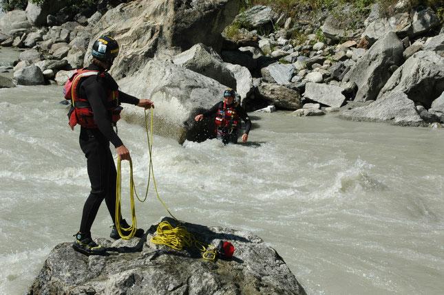 Formatori Rescue Wild Water®  fiume Dora Baltea  - Valle d'Aosta