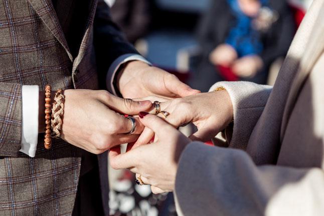 Englische Hochzeit auf Englisch in Deutschland Redner Trauredner deutsch auf Englisch Wedding Zeremonie Ceremony