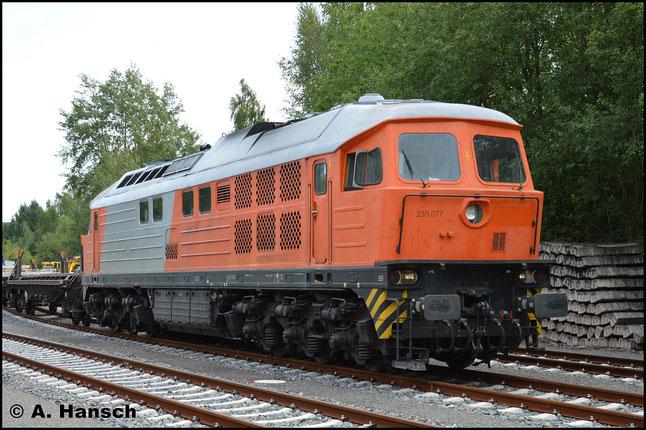 Die interessante Lackierung stammt noch vom Vorbesitzer RTS. Aktuell fährt die Lok für das Dresdner Unternehmen Bahnlogistik24 GmbH
