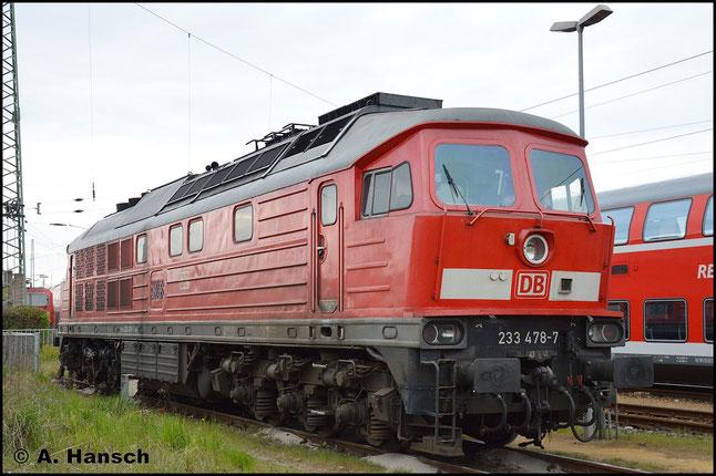 233 478-7 wartet am 25. April 2015 in Cottbus Hbf. auf neue Aufgaben