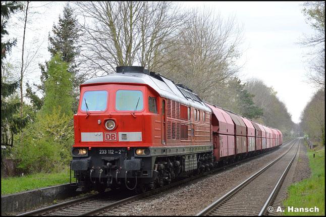 Am 04. Mai 2021 konnte ich 233 112-2 am Leergipszug nach Küchwald in Wittgensdorf-Mitte verhaften. Nachdem die Lok lange von Nürnberg aus unterwegs war, wurde sie kürzlich nach Halle umbeheimatet