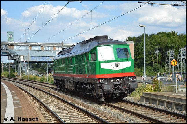 Ziel ist das SEM Chemnitz, wo die Lok zum 25. Heizhausfest zu Gast ist