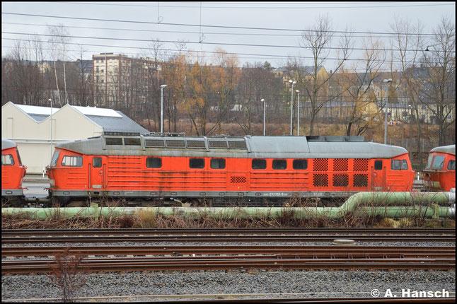 233 326-8 war im SSM Chemnitz z-gestellt. Am 11. März 2020 steht die Lok zum Abtransport gen Polen bereit