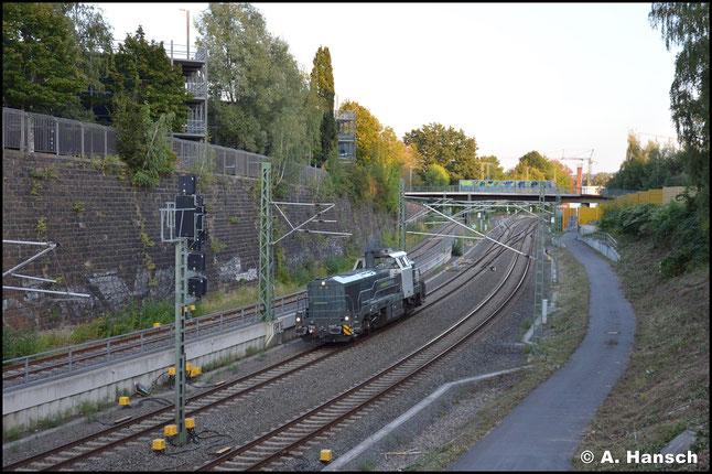 """RailAdventure besitzt zwei Loks des Typs """"DE 18"""". Eine der beiden (4185 011-1 oder 4185 006-1) durcheilt am 15. September 2020 das Chemnitzer Stadtgebiet"""