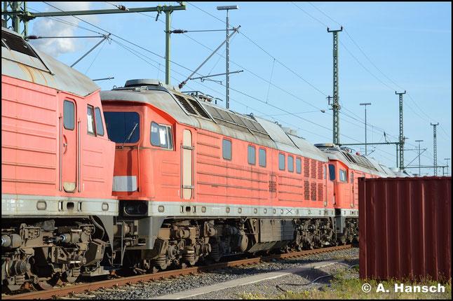 233 625-3 ist eine von sechs 233ern, die am 20. September 2019 aus dem Stillstandsmanagement Chemnitz nach Polen abtransportiert wurden. Im Hbf. entstand ein letztes Bild der Lok