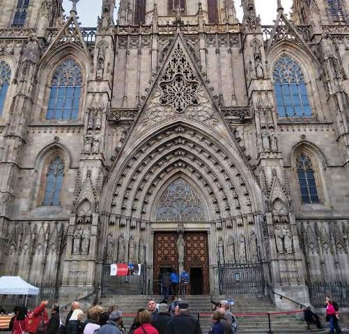 Кафедральный собор Барселоны - 10 интересных фактов