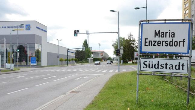 Ortstafel Maria Enzersdorf - Südstadt