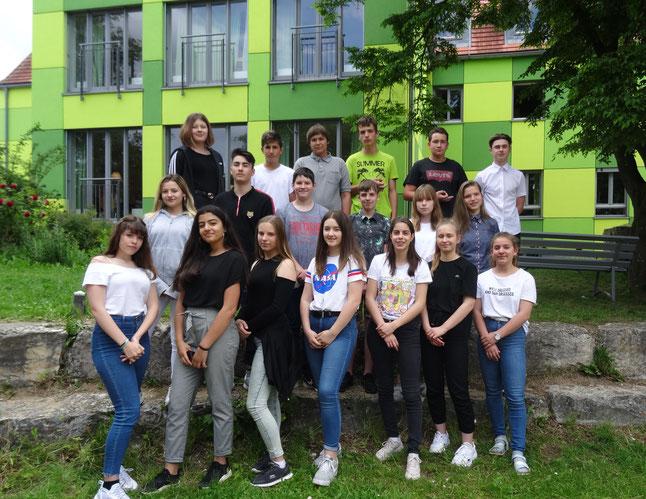 Eine Gruppe der insgesamt 53 Schülern, die teilgenommen haben.