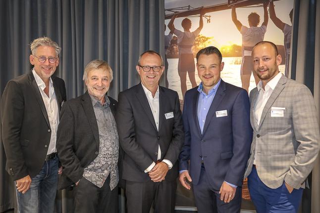 v.l.: Lutz Gottschalk, Jörg Somborn, Michael Neppeßen und Dr. Ralph Reiber. Nicht auf dem Foto: Dr. Ulrich Kiffe
