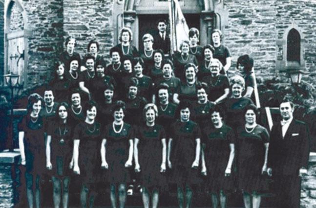 Der Frauenchor des Gesangvereins Wernborn 1973
