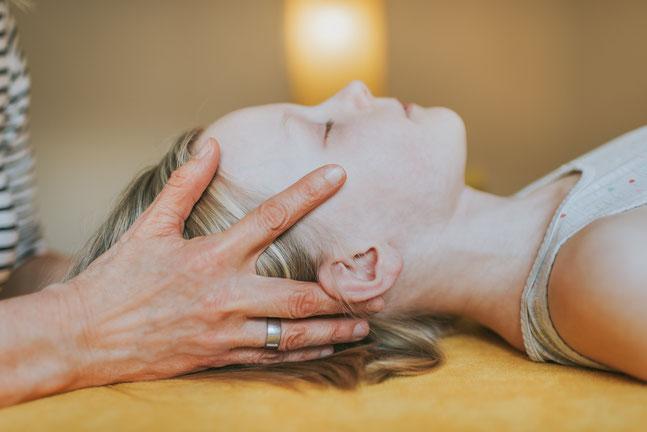 Osteopathie – Sanfte Therapie, die berührt