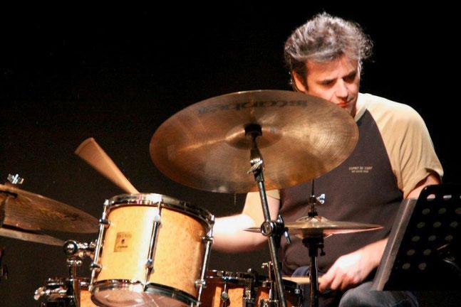 Treiber trommelt, 2008, Foto: Paul Schmidt