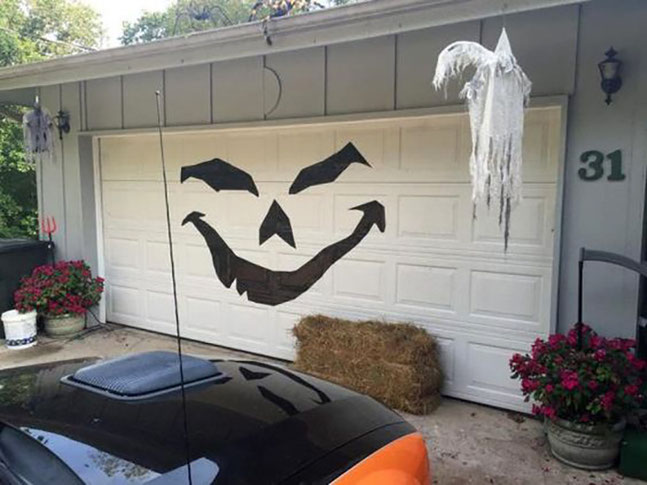 como decorar garage para halloween