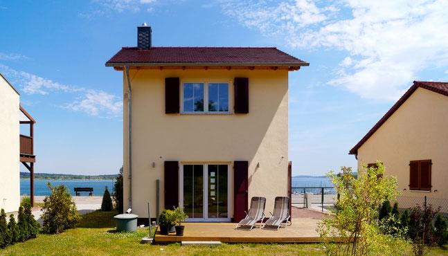 Skandinavisches haus am see  Das erste Haus am See - geiseltalferiens Webseite!