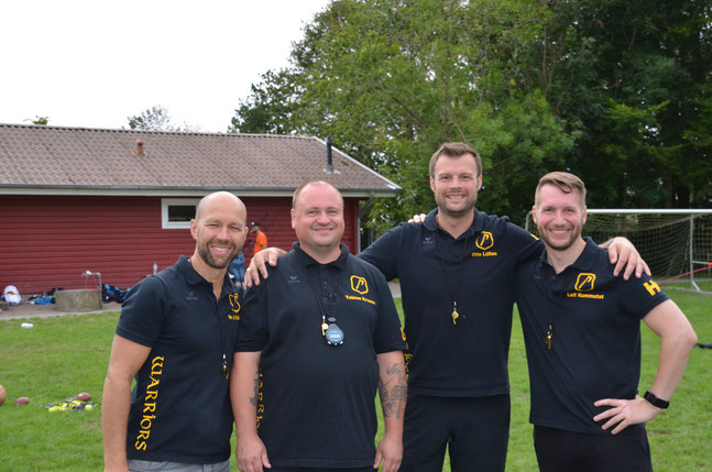 v.l.n.r.: Athletic Coach Veit Brüllke, Defense Coordinator Tobias Krause, Head Coach Otto Lüllau u. Offense Coordinator Leif Kummutat