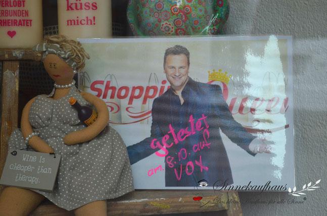 """Wer wird Shopping Queen in Erfurt? Wir jedenfalls drücken unserer Kandidatin - der Journalistin """"Anne Martin"""" aus Erfurt - fest die Daumen!"""