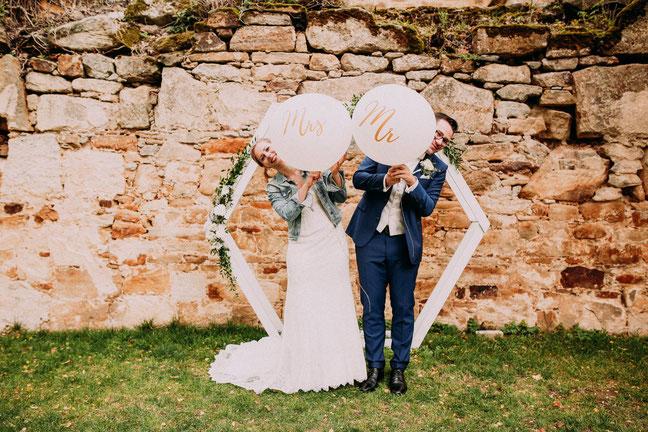 Hochzeit auf Schloss Wiesentau mit Freier Trauung im Garten