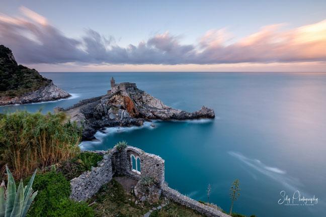 Italien / Ligurien / Portovenere, Langzeitbelichtung, Sonnenaufgang, 2019, ©Silly Photography