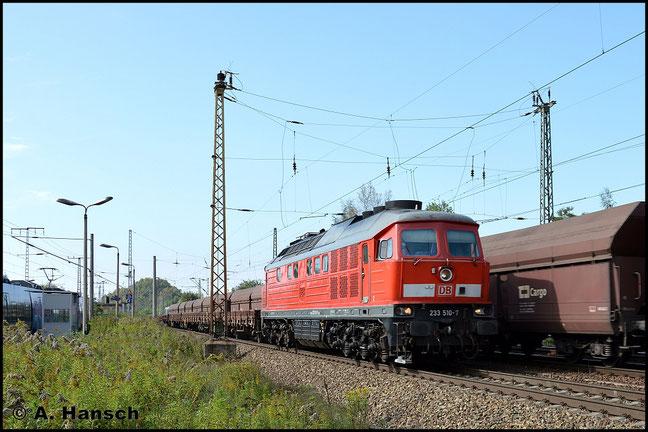 233 510-7 durchfährt am 18. September 2014 mit kurzem Flachwagenzug Leipzig-Thekla