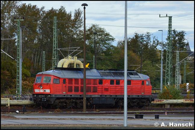Nach Brand am 24.9.2019 in Erlangen, wurde 233 510-7 abgestellt. Am 2. November 2019 steht sie am SSM Chemnitz