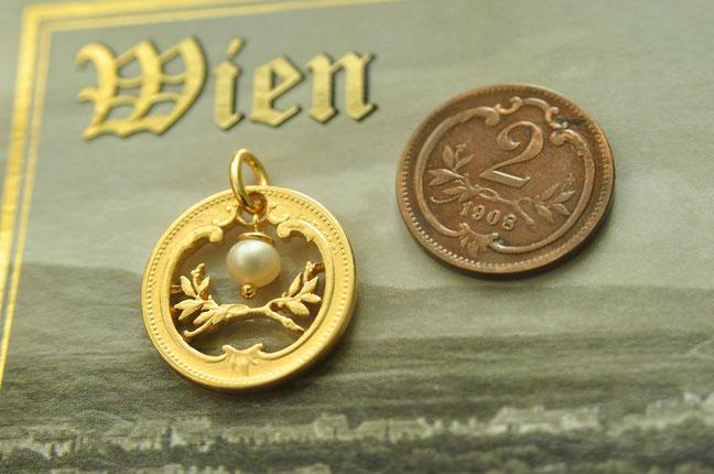 Münzsägewerk Katrin Thull | Österreich - Ornament mit Perle